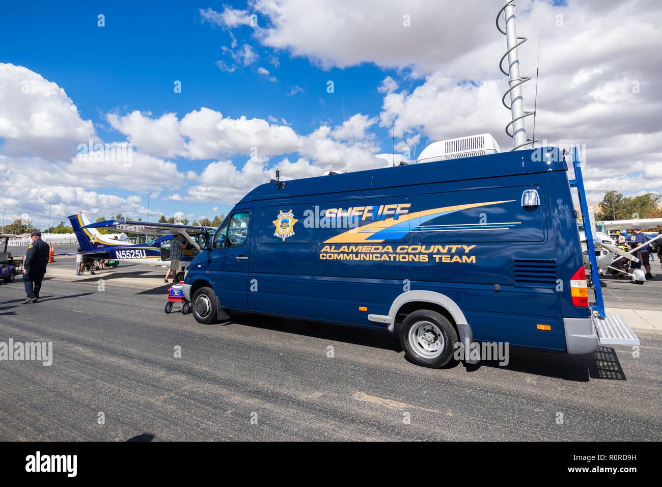 Alameda County Sheriff Stock Photos & Alameda County Sheriff