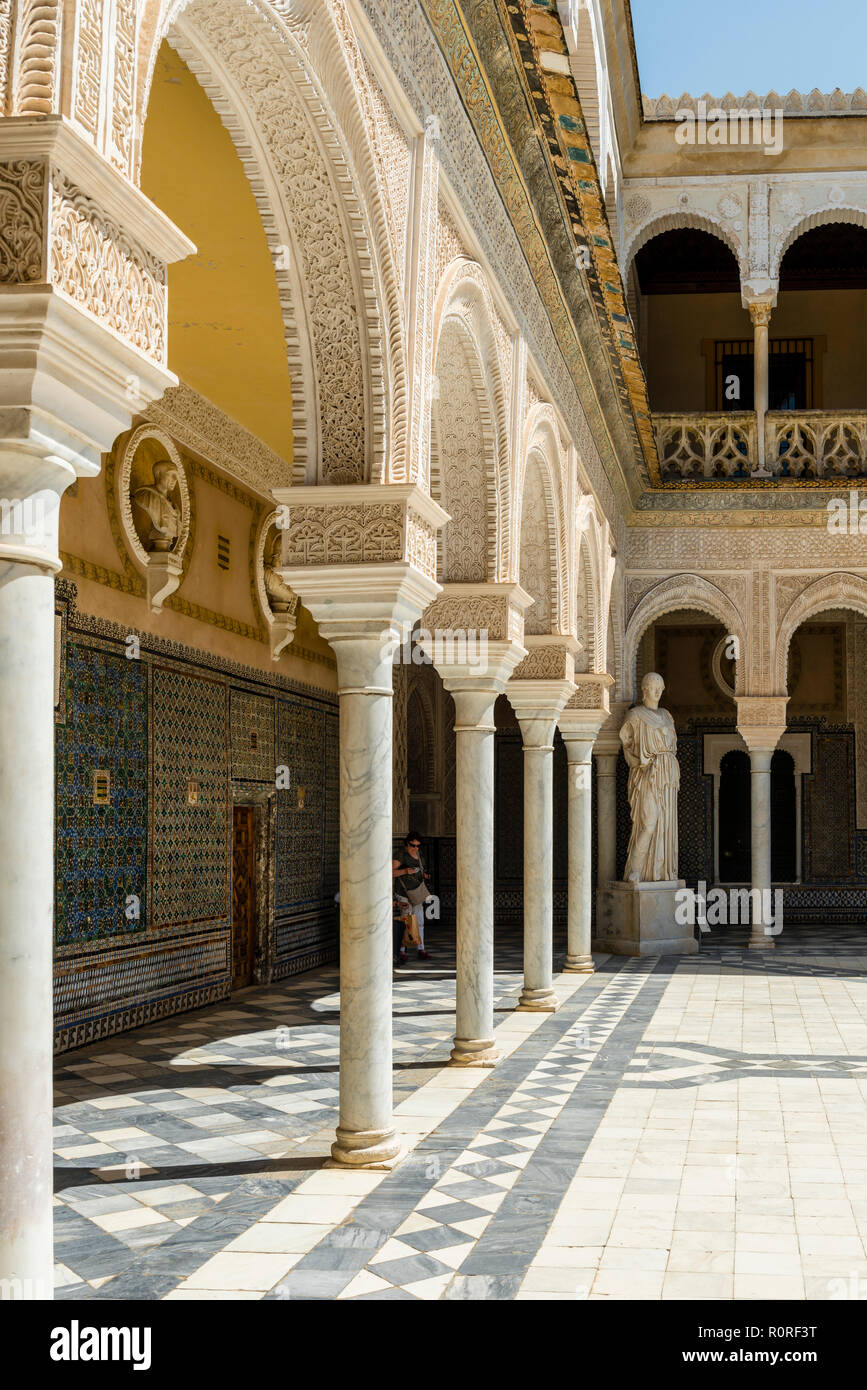 Arcade, Courtyard, City Palace, Andalusian Nobility Palace, Casa de Pilatos, Sevilla, Andalusia, Spain - Stock Image