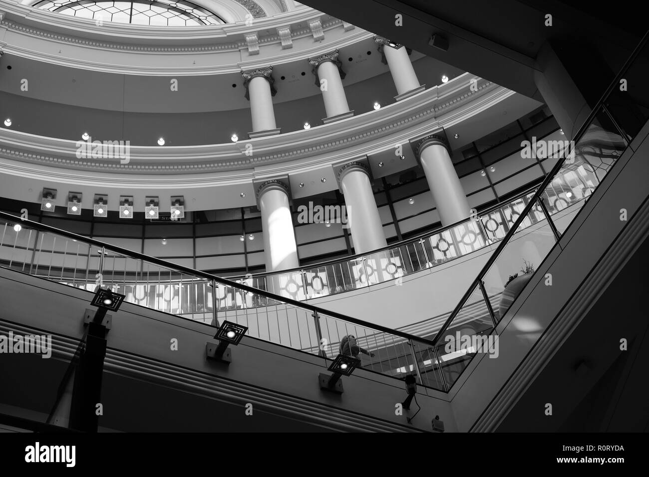 Black and white architectural detail of upper floors at the Westfield San Francisco Centre, San Francisco, California, USA. - Stock Image
