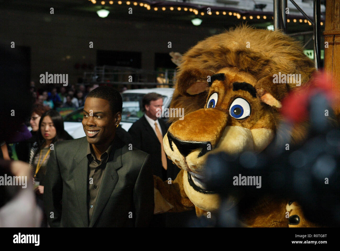 Chris Rock And Alex The Lion The Premiere Of Madagascar Escape 2 Africa At The State Theatre Sydney Australia 17 11 08 Stock Photo Alamy