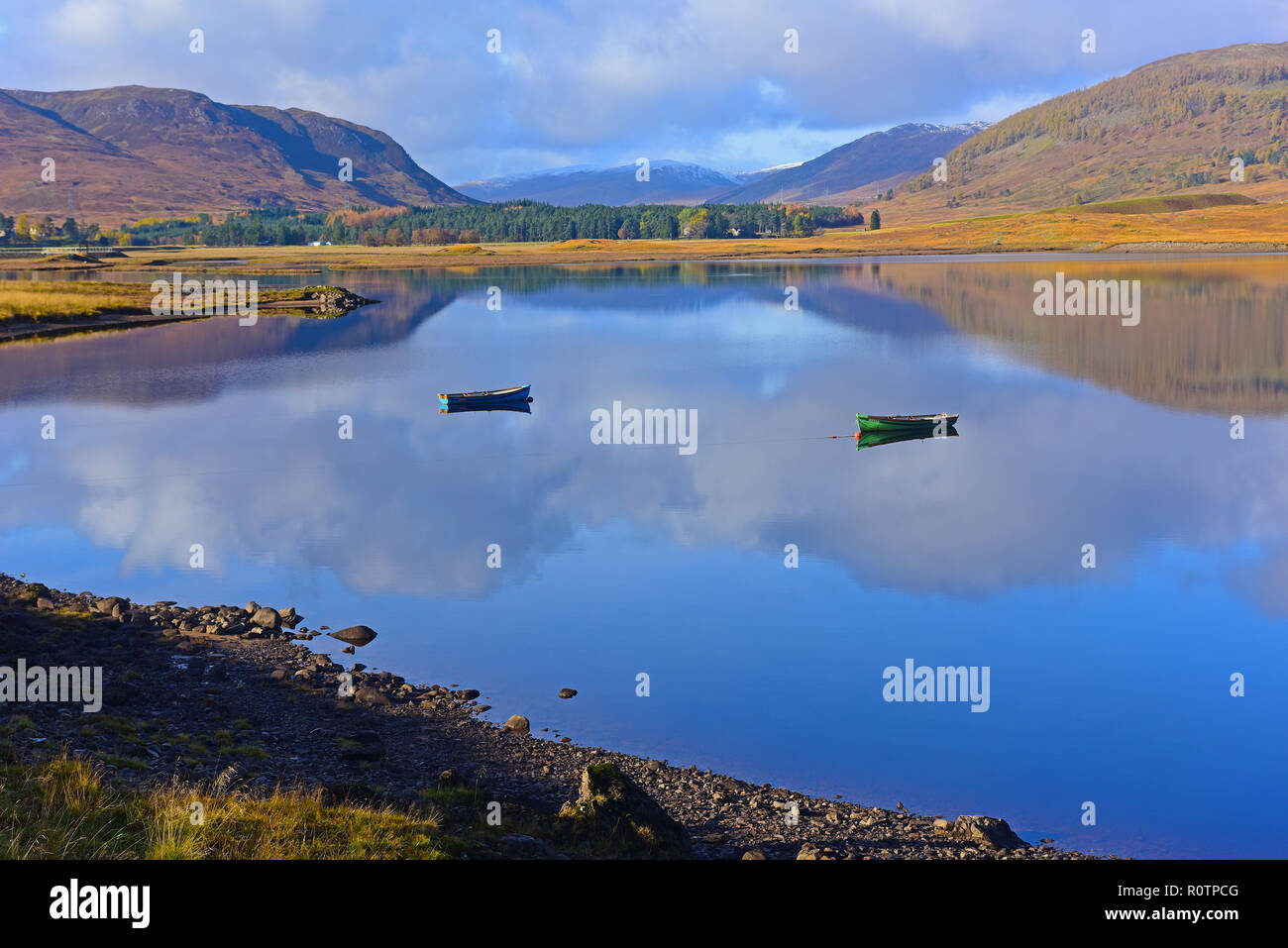 A quiet early morning on the tranquil Spey Dam in Glen Sherro near Laggan, Newtonmore Strathspey Inverness-shire.  Scotland.UK. Stock Photo