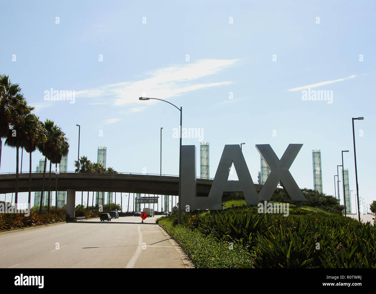Road arriving at LAX ( Los Angeles Airport ).  August 10, 2006          -            13_LAX_entrance026.JPG13_LAX_entrance026  Event in Hollywood Life - Stock Image