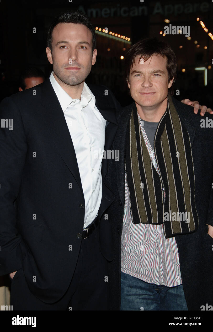 Ben Affleck and Jason Bateman arriving at the Smokin' Aces at the Chinese Theatre In Los Angeles. January 18, 2007.  3/4          -            Affleck - Stock Image