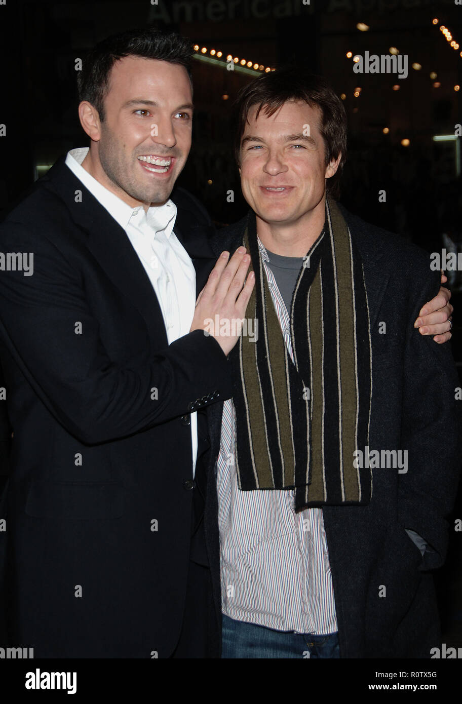 Ben Affleck and Jason Bateman arriving at the Smokin' Aces at the Chinese Theatre In Los Angeles. January 18, 2007.  smile 3/4          -            A - Stock Image