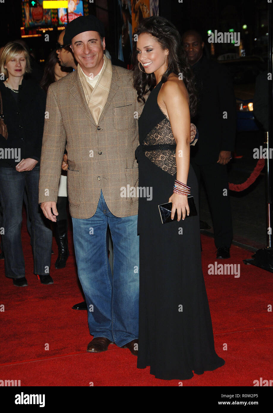 Andy Garcia and Alicia Keys arriving at the Smokin' Aces at the Chinese Theatre In Los Angeles. January 18, 2007.  eye contact full length           - - Stock Image