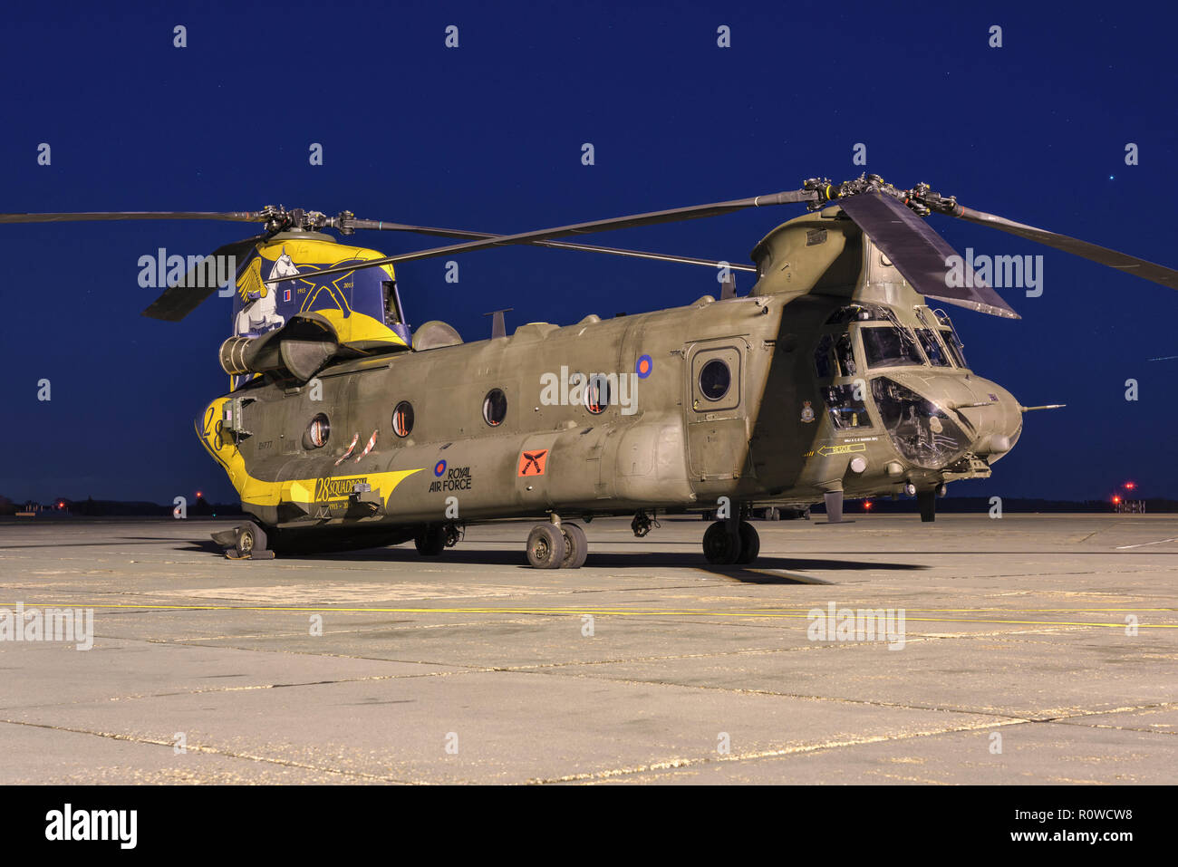 Boeing vertol CH47 Chinook RAF heavy lift helicopter - Stock Image