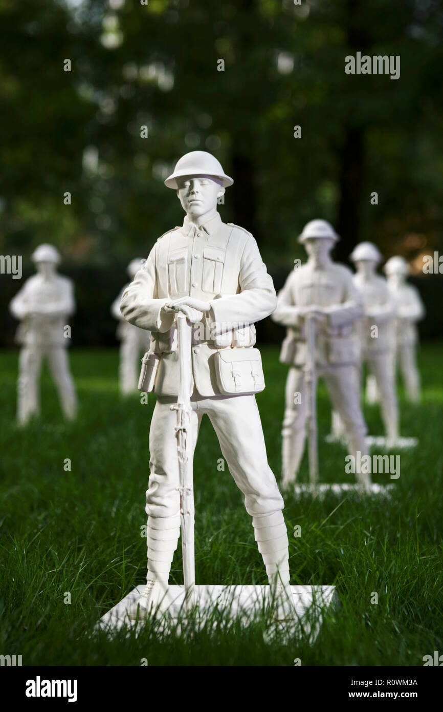 Remembrance Art Trail, Canary Wharf, London, UK. By artist Mark Humphrey, to commemorate 100 years since the end of World War One. Remembrance Day. - Stock Image