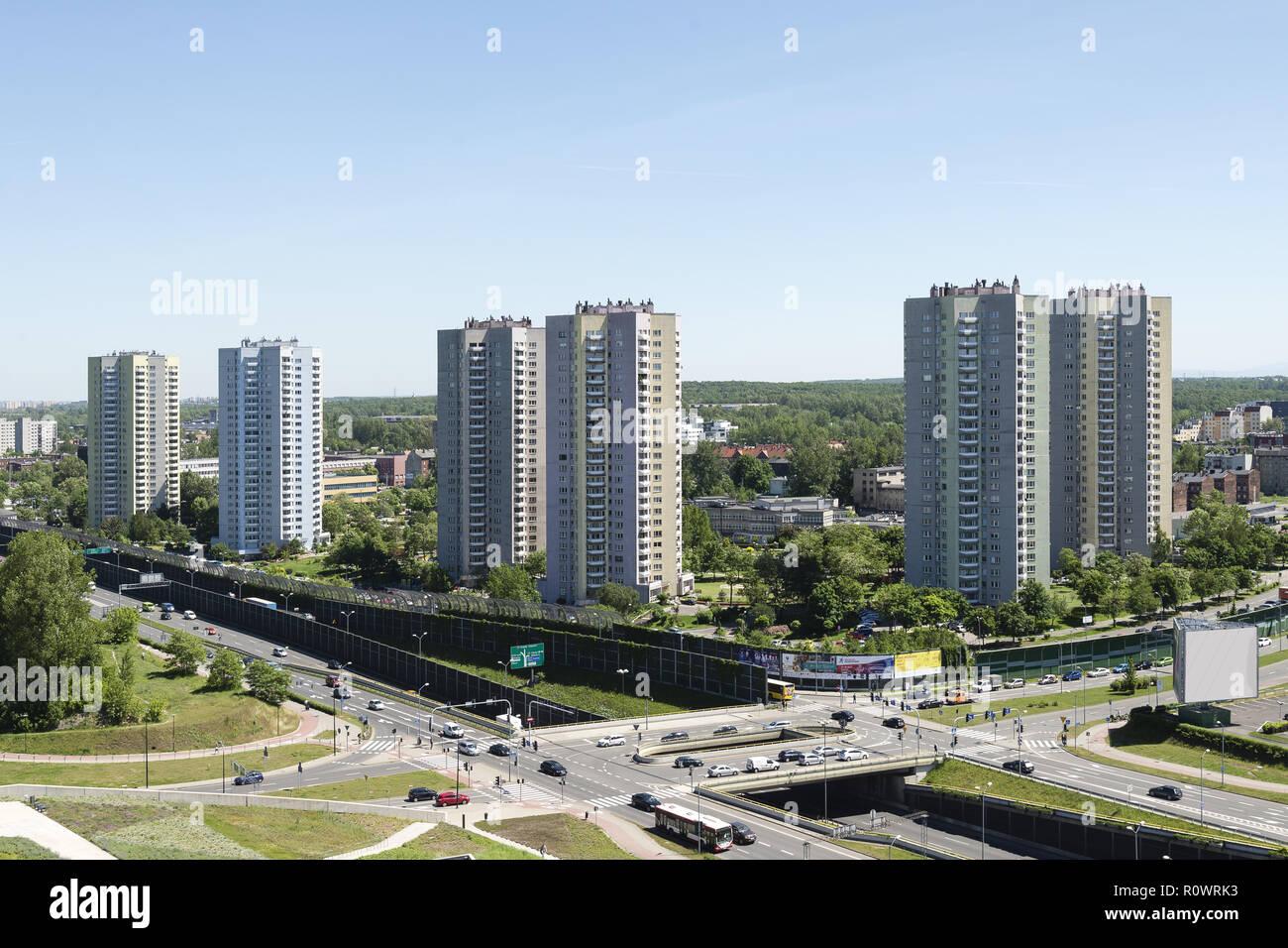 Hochaeuser, Strassenverkehr, Kattowitz, Polen - Stock Image