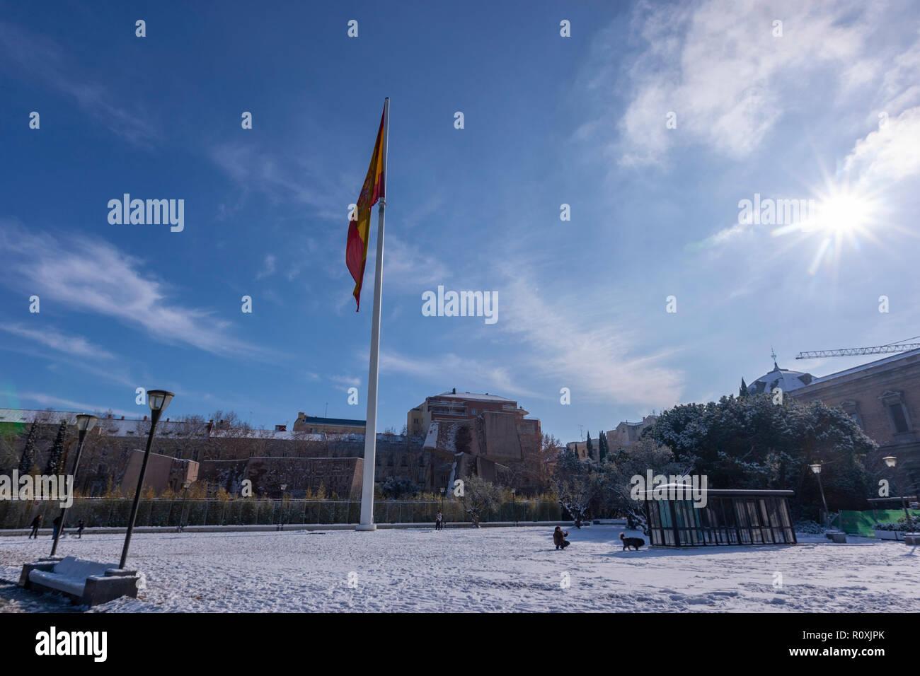Snow in Plaza de Colón, Jardines del Descubrimiento, with the Colon Towers by Antonio Lamela. Madrid, Spain - Stock Image