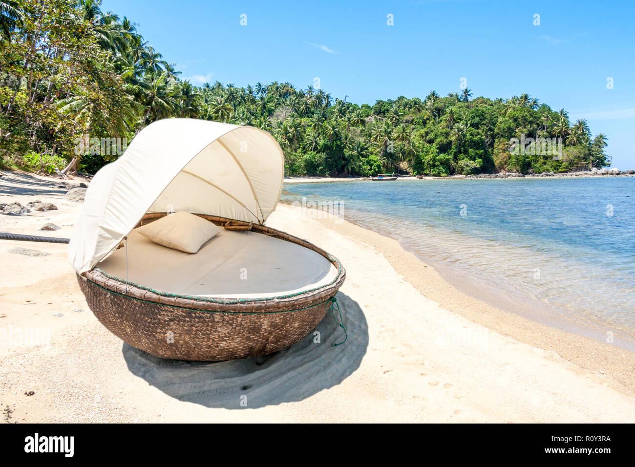 Cabana on tropical beach, Bang Tao, Phuket, Thailand - Stock Image