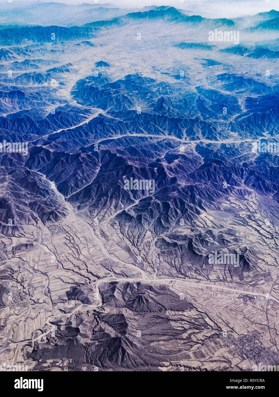 Shanxi, Shanxi, China. 8th Nov, 2018. Shanxi, CHINA-Aerial photography of mountains in north China's Shanxi Province. Credit: SIPA Asia/ZUMA Wire/Alamy Live News - Stock Image