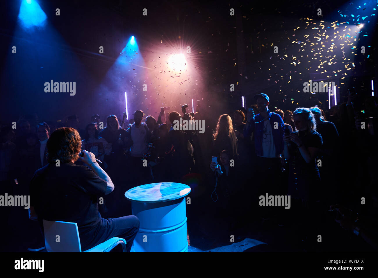 Berlin, Germany. 08th Nov, 2018. The pop singer Tony Marshall sings as a surprise guest at the premiere party of the Amazon Prime series 'Beat' at Kraftwerk Berlin. Credit: Annette Riedl/dpa-Zentralbild/ZB/dpa/Alamy Live News - Stock Image
