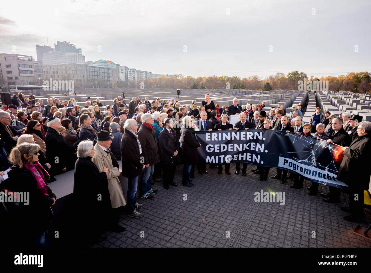 Berlin, Germany. 08th Nov, 2018. 'Remember. Remembrance. The poster of a silent march to the memorial to the murdered Jews of Europe on the occasion of the 80th anniversary of the November pogroms of 1938 reads 'Mitgehen. Credit: Christoph Soeder/dpa/Alamy Live News - Stock Image