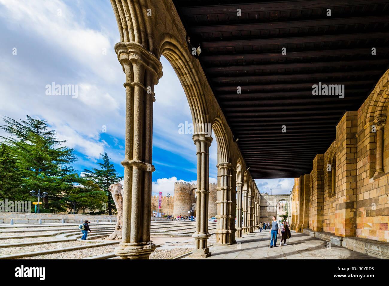 Arcaded gallery, southern facade, Basilica de San Vicente, Romanesque architecture, romanesque architecture, Avila, southern, portal,Castilla y Leon,  - Stock Image