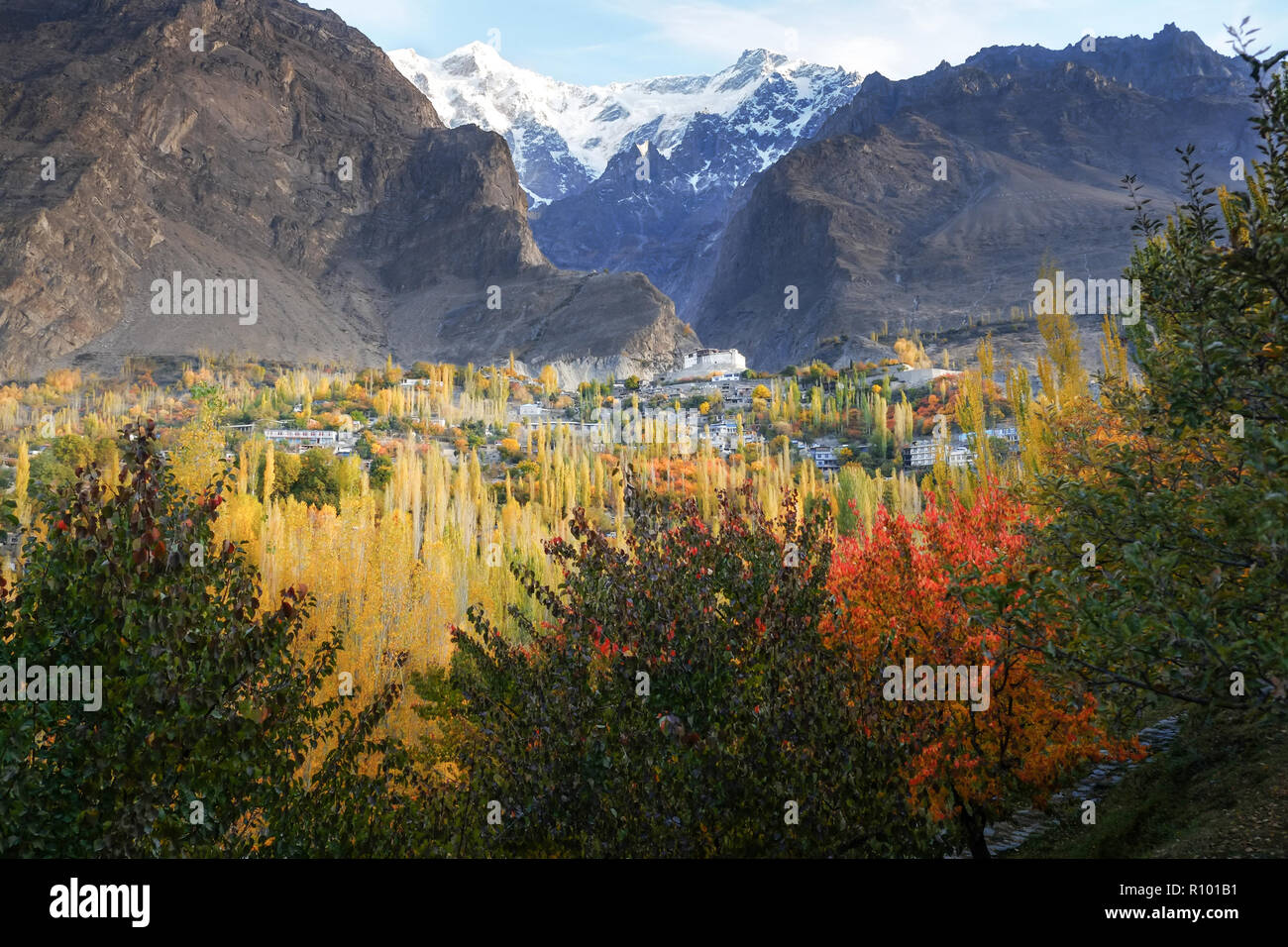 Autumn scene in Karimabad with mountains in the background. Hunza valley, Pakistan. - Stock Image