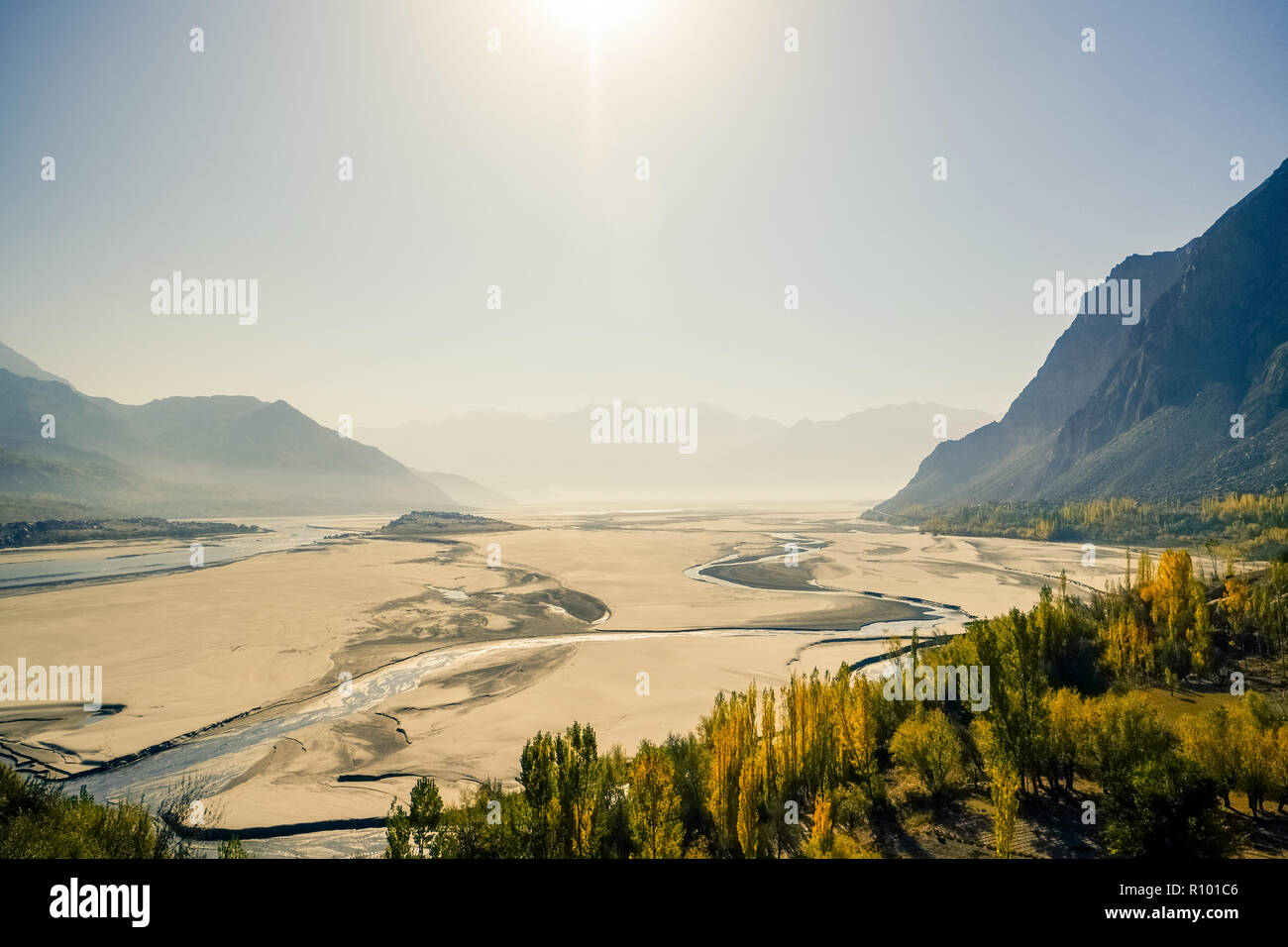 Skardu landform shows desert with Indus river and mountains in the background. Gilgit-Baltistan, Pakistan. - Stock Image