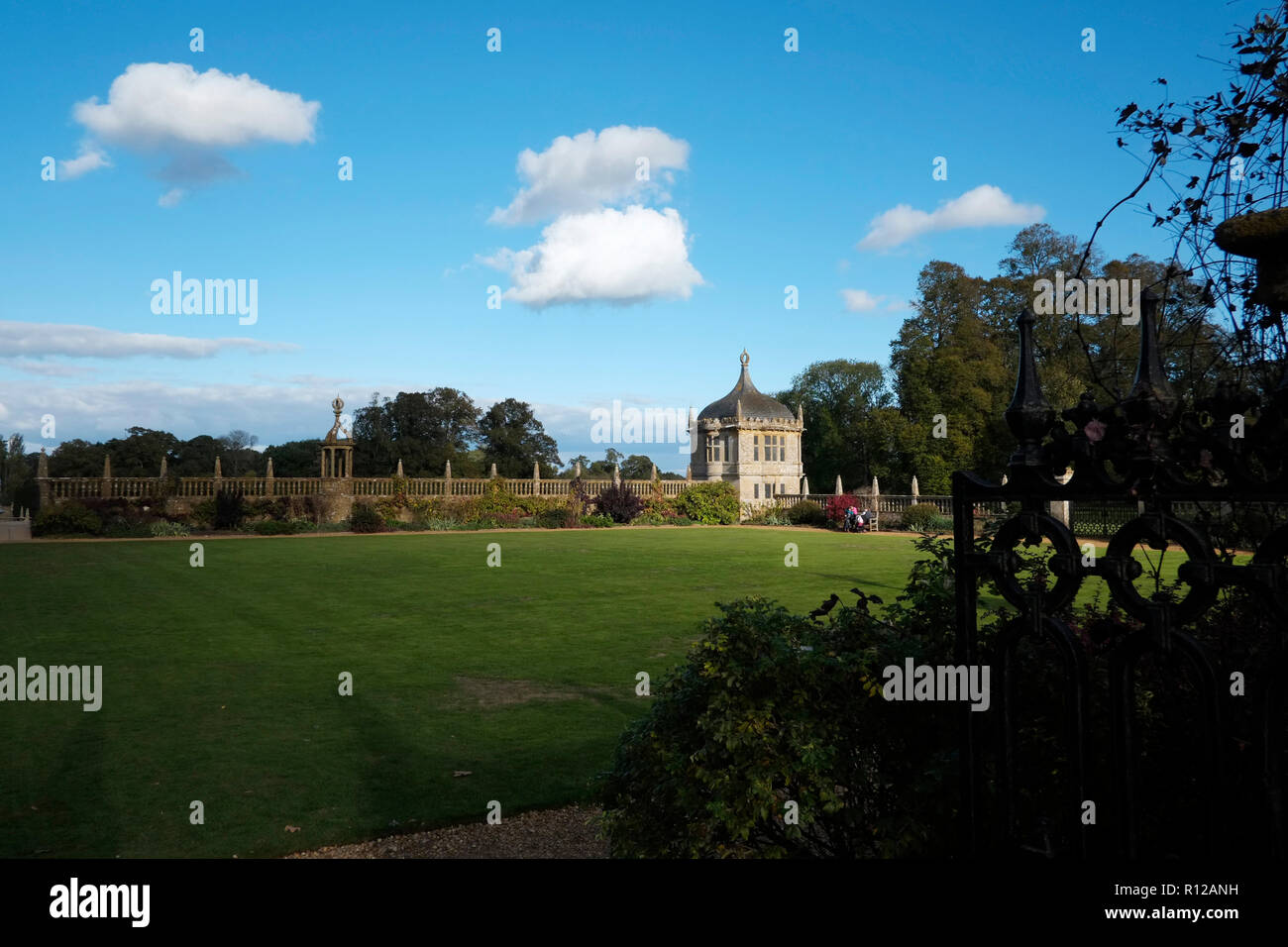 Montacute House Montacute South Somerset. The gardens showing one of two Angle Houses and the quadrangle walls to the west and south Stock Photo