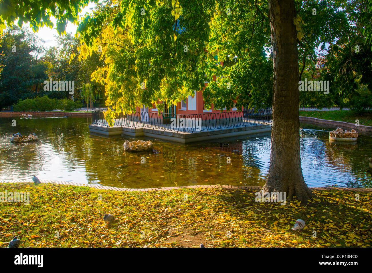 Casita del Pescador and its pond. The Retiro park, Madrid, Spain. - Stock Image