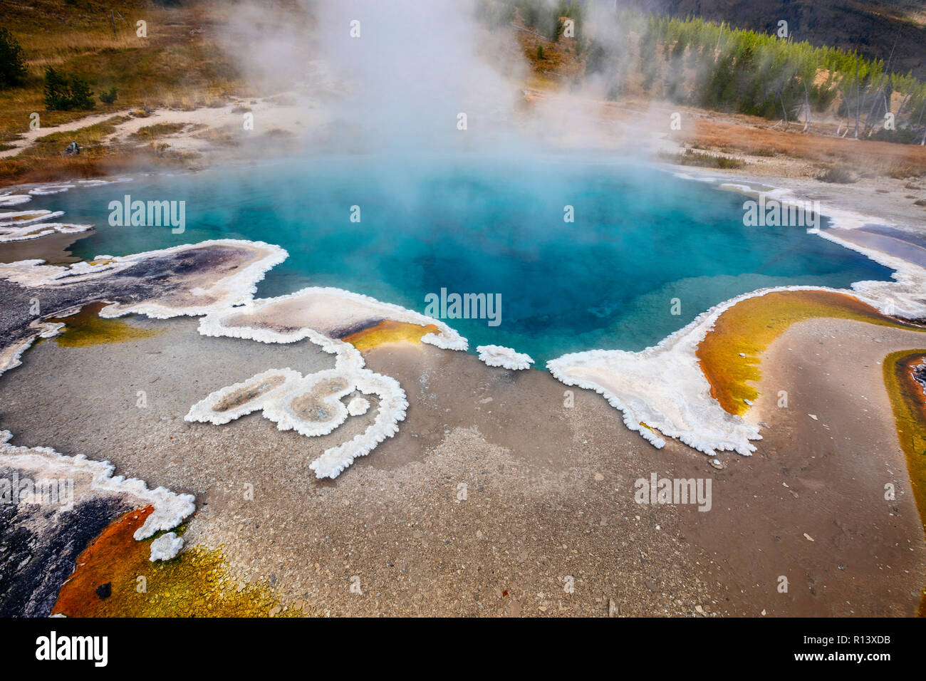 WY03581-00...WYOMING - Heart Lake Geyser Basin at the base of the Red Mountains in Yellowstone National Park. - Stock Image