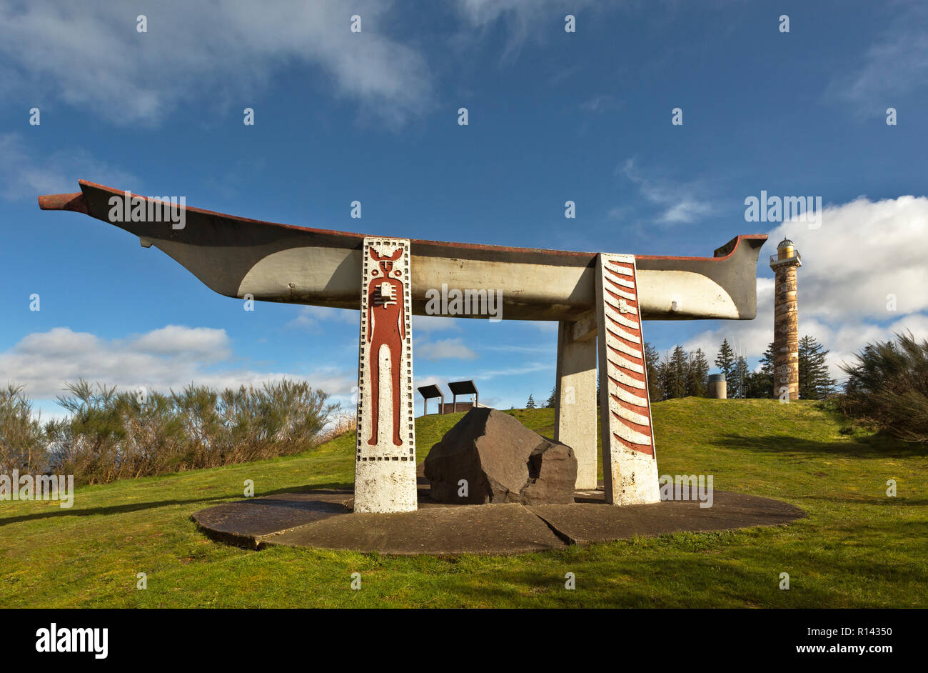 OR02355-00...OREGON - A replica Indian Burial Canoe on a hill near the Astoria Column in the town of Astoria on the Columbia River. - Stock Image