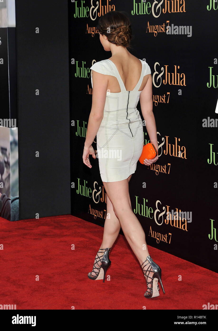 Page 2 Ashley Greene White Dress High Resolution Stock Photography And Images Alamy