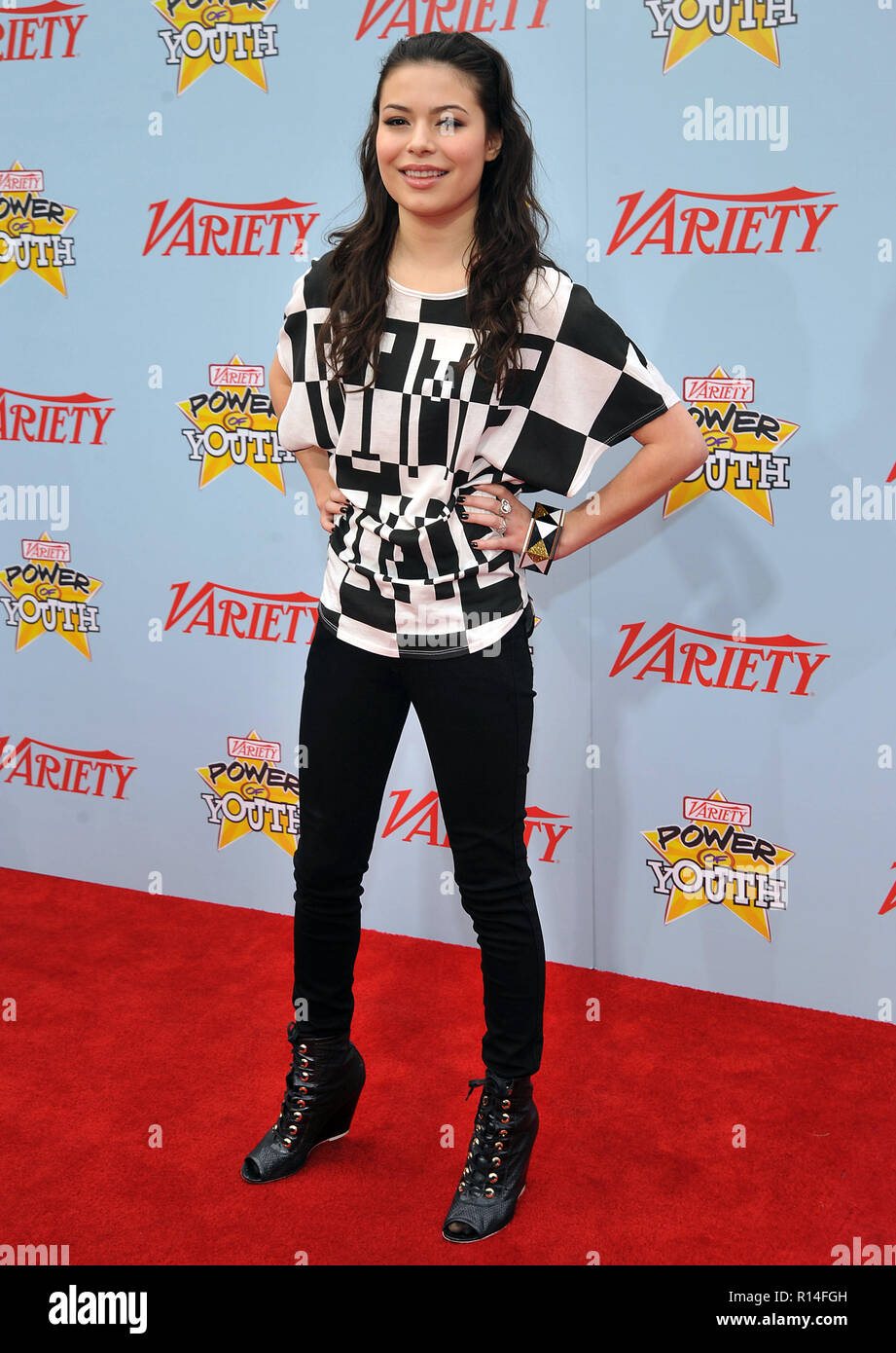 Miranda Cosgrove_47 - Power Of Youth Event on the Paramount Lot In Los Angeles.Miranda Cosgrove_47 Red Carpet Event, Vertical, USA, Film Industry, Celebrities,  Photography, Bestof, Arts Culture and Entertainment, Topix Celebrities fashion /  Vertical, Best of, Event in Hollywood Life - California,  Red Carpet and backstage, USA, Film Industry, Celebrities,  movie celebrities, TV celebrities, Music celebrities, Photography, Bestof, Arts Culture and Entertainment,  Topix, vertical, one person,, from the year , 2009, inquiry tsuni@Gamma-USA.com Fashion - Full Length - Stock Image