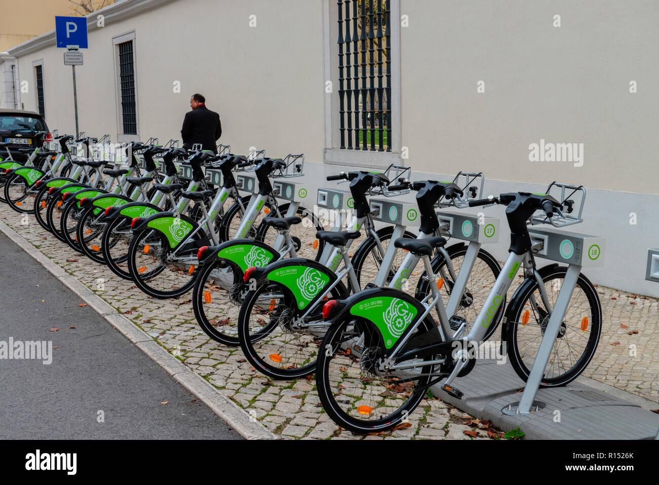 Leihfahrraeder Gira - Bicicletas de Lisboa, Lissabon, Portugal - Stock Image