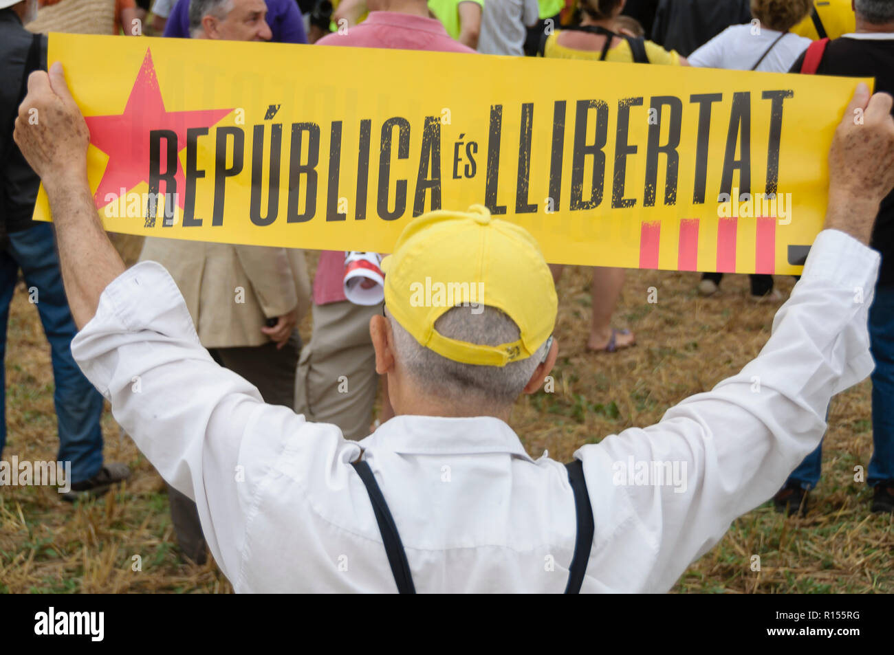 Demonstrators demanding freedom from political prisoners, Lledoners, Catalonia, Spain Stock Photo