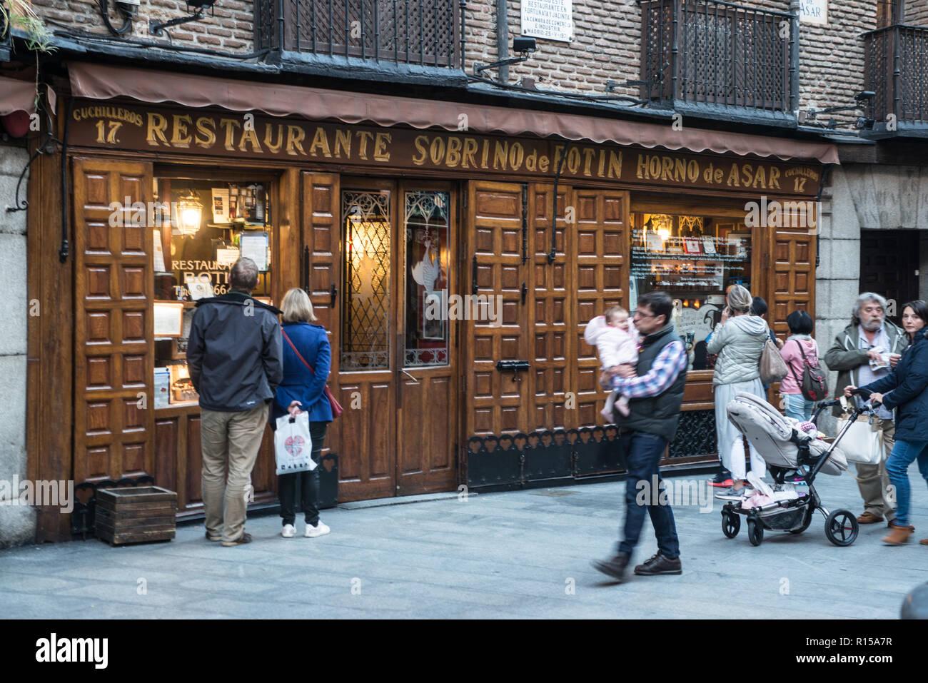 Sobrino de botin stock photos sobrino de botin stock for Casa botin madrid