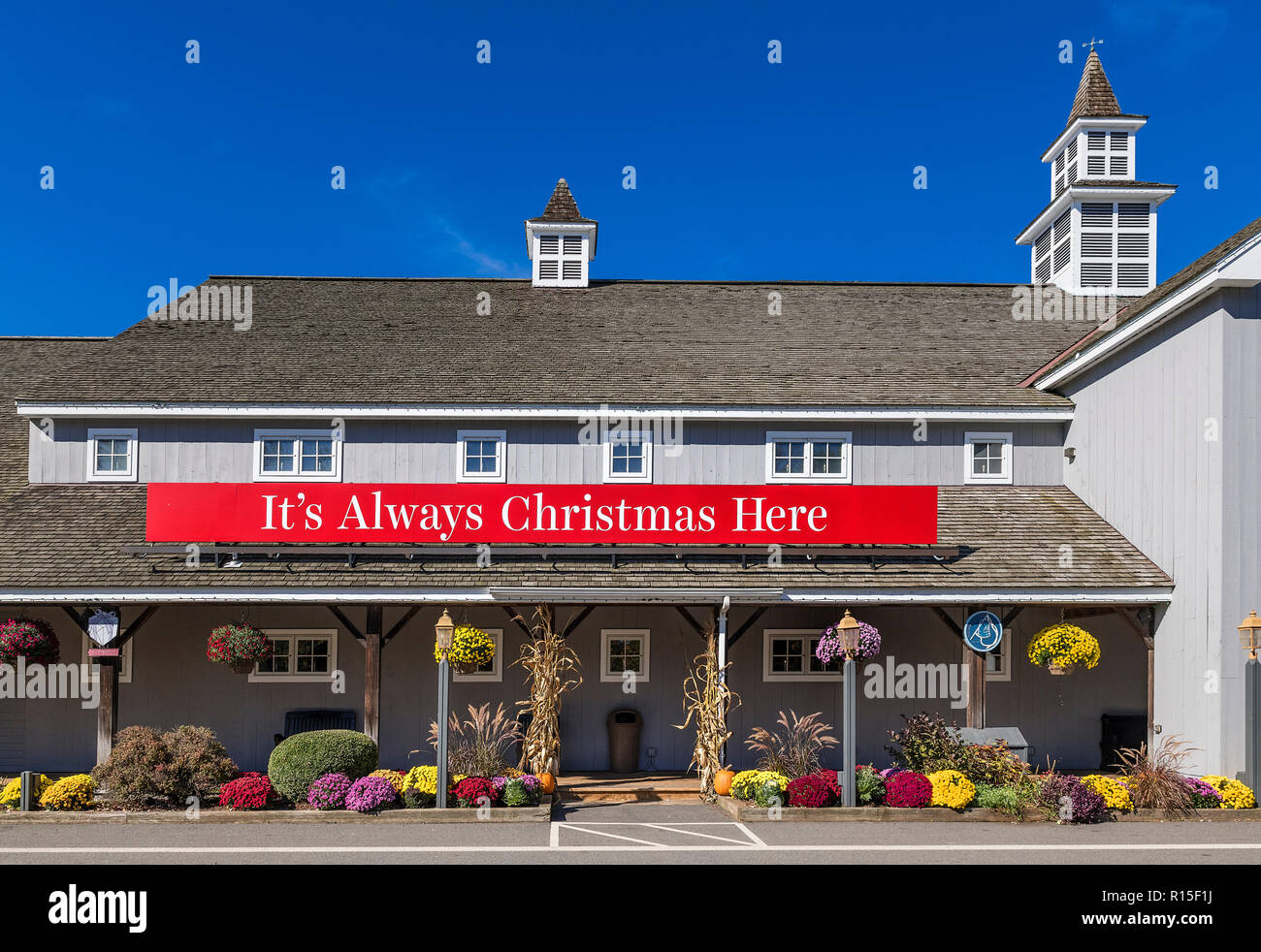 Yankee Candle Company flagship store, South Deerfield, Massachusetts, USA. - Stock Image