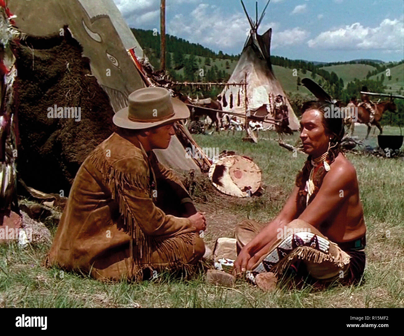 Prod DB © Universal International Pictures (UI) / DR TOMAHAWK de George Sherman 1951 USA Van Heflin John War Eagle. western; chef indien; indian chief - Stock Image