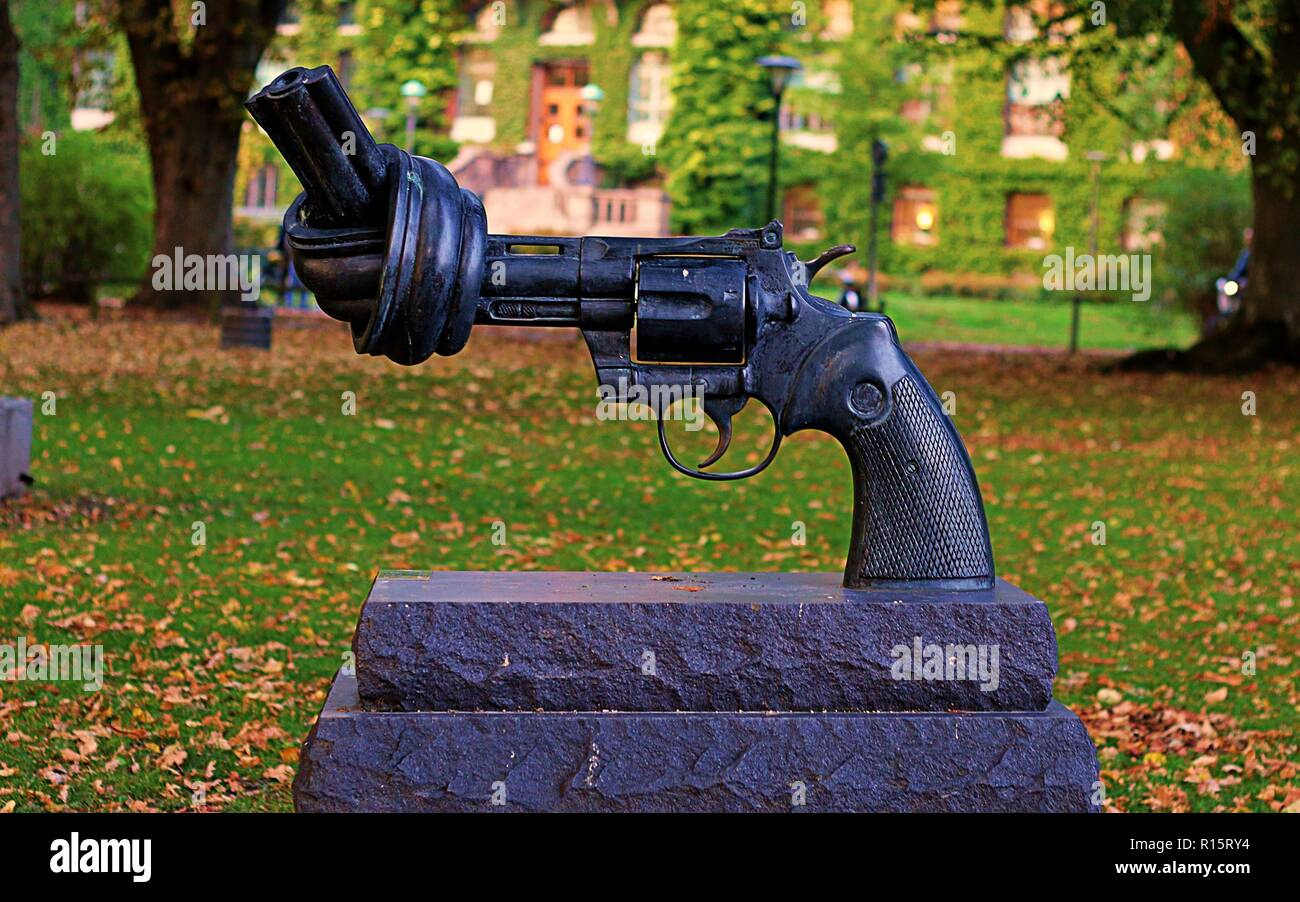 The Knotted Gun - Stock Image