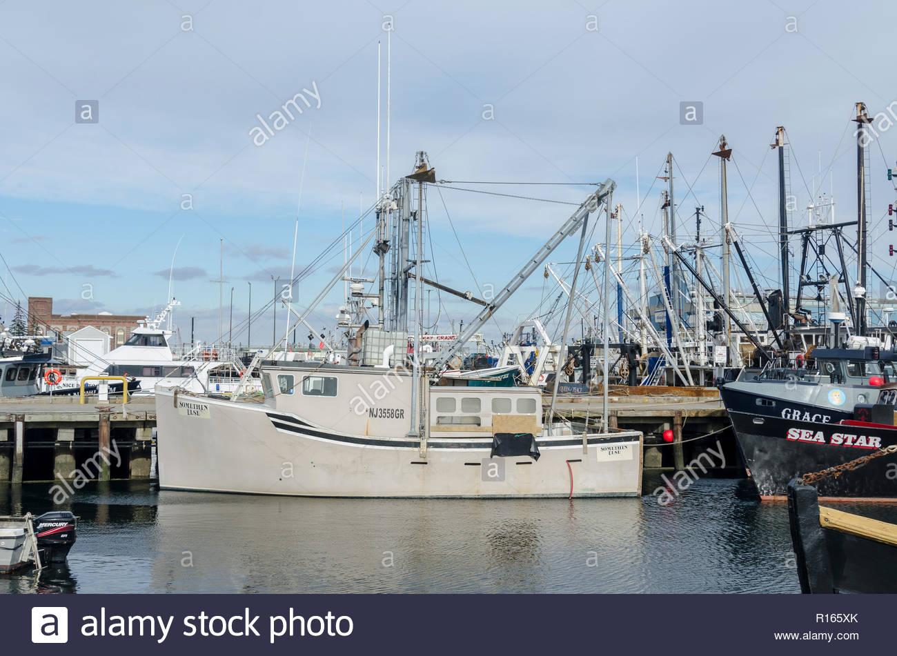 New Bedford, Massachusetts, USA - December 26, 2017: New Jersey-based fishing boat Somethin Else docked in New Bedford harbor - Stock Image