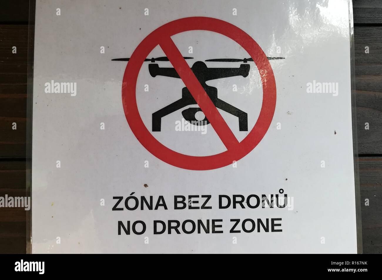 No drone zone sign in Jetrichovice, Czech Republic, November 7, 2018. (CTK Photo/Marek Spilka) - Stock Image