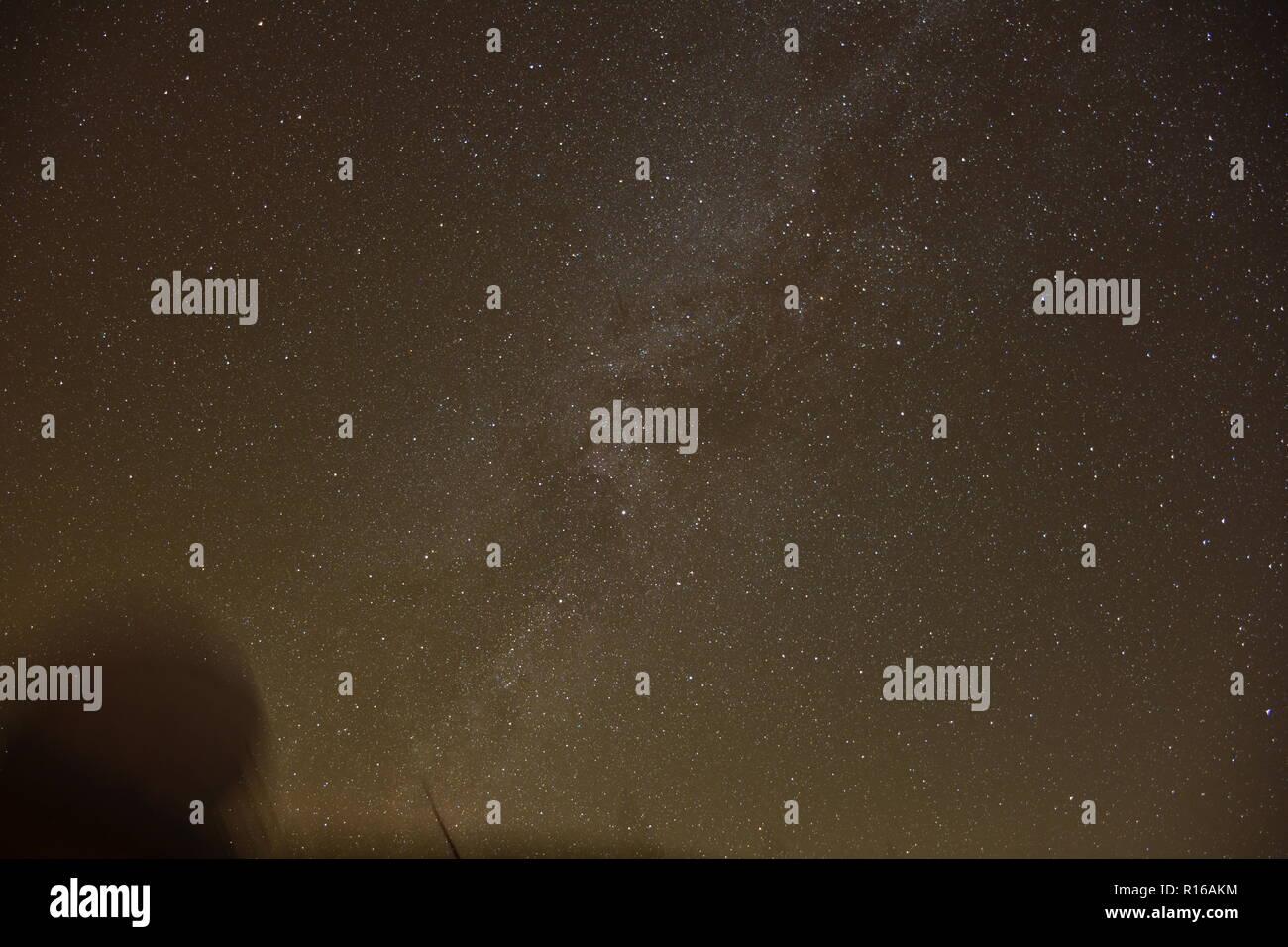 Nacht, Nachthimmel, Milchstraße, Stern, Sterne, Dunkelheit, Lichtverschmutzung, Polarstern, Bewegung, Zeit, Herbst, Winter, Osttirol, Iseltal, Oberlei - Stock Image