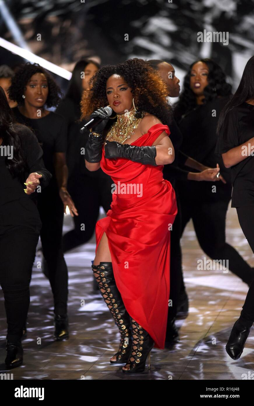 New York Ny Usa 8th Nov 2018 Leela James On The Runway For 2018