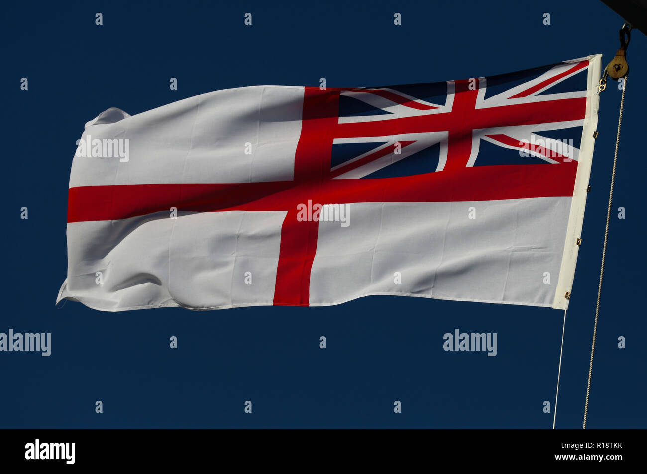 Red Ensign Merchant Navy Desk Top Flag Football England british History Ships bn