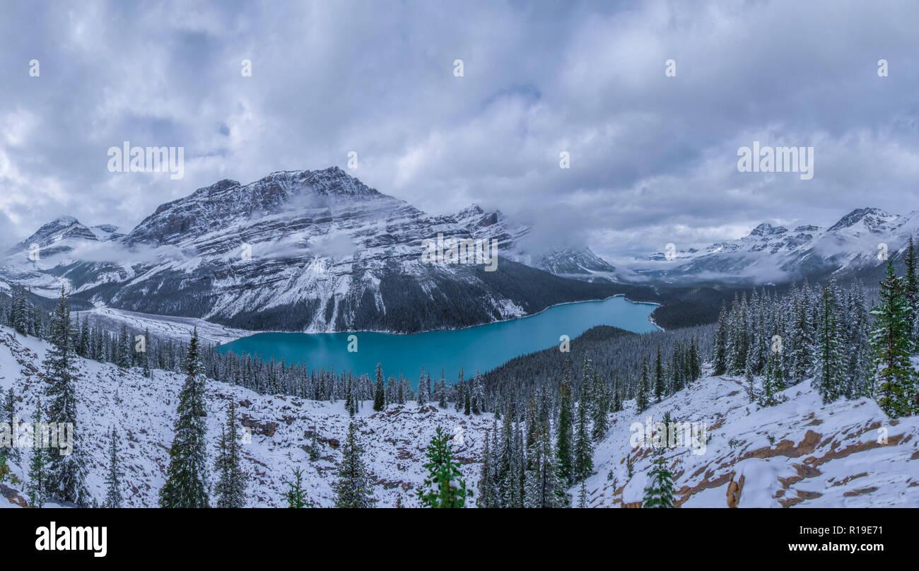 Peyto Lake in winter - Stock Image