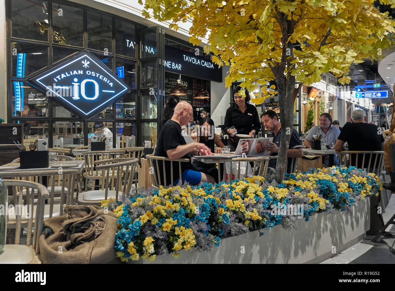 Italian Restaurant Exterior Terminal 21 Pattaya Stock Photo Alamy