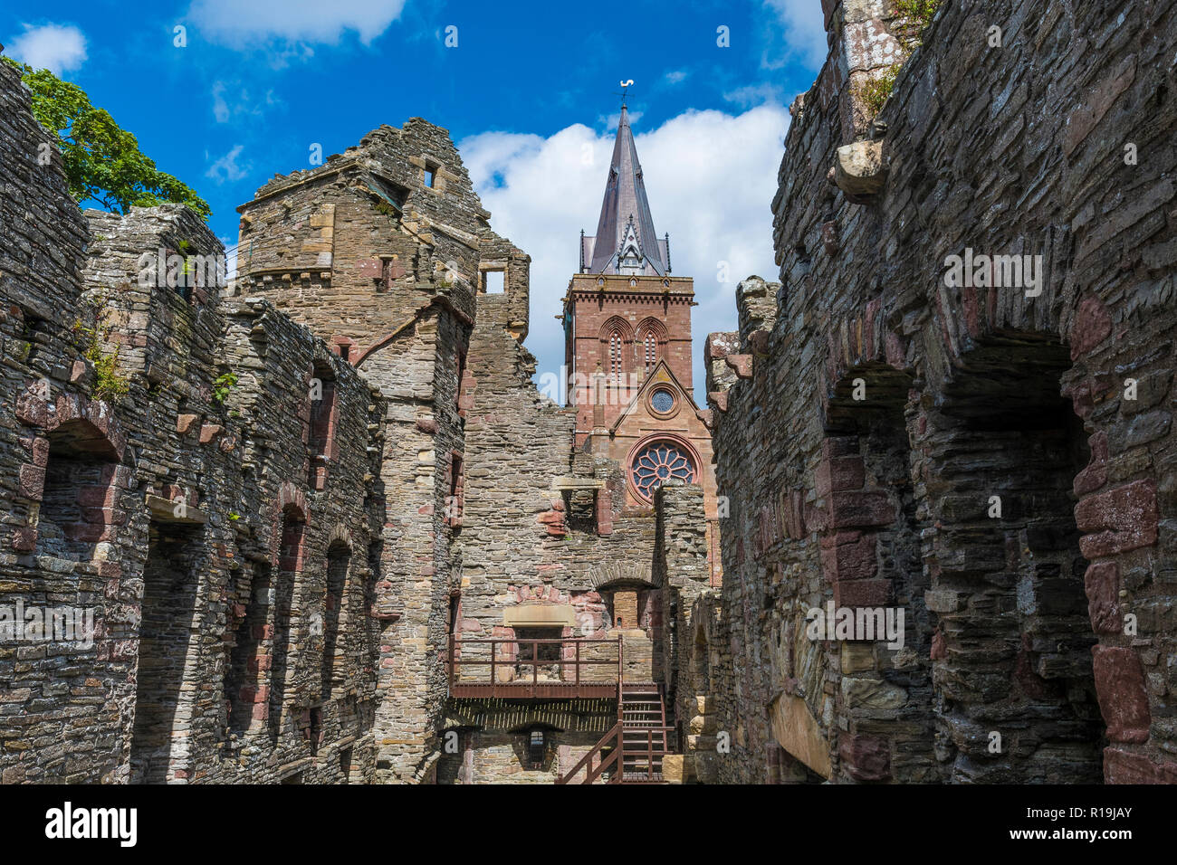 earl's palace and  st magnus cathedral, orkney - Stock Image