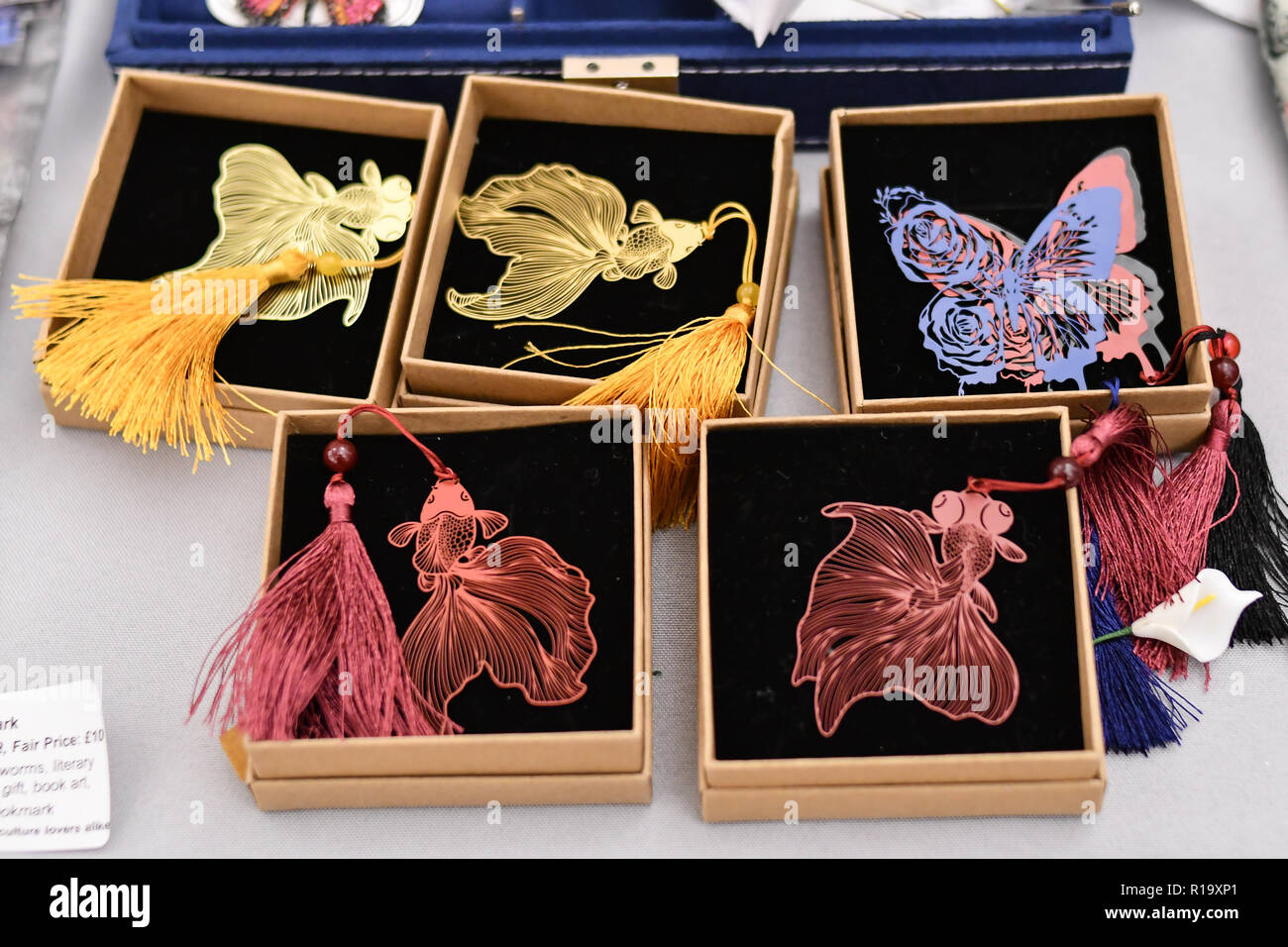 London, UK. 10th Nov, 2018. Journey to the East at Winter blossom fair: A celebration of east asian art, craft and design at China Exchange on 10 November 2018, London, UK. Credit: Picture Capital/Alamy Live News - Stock Image