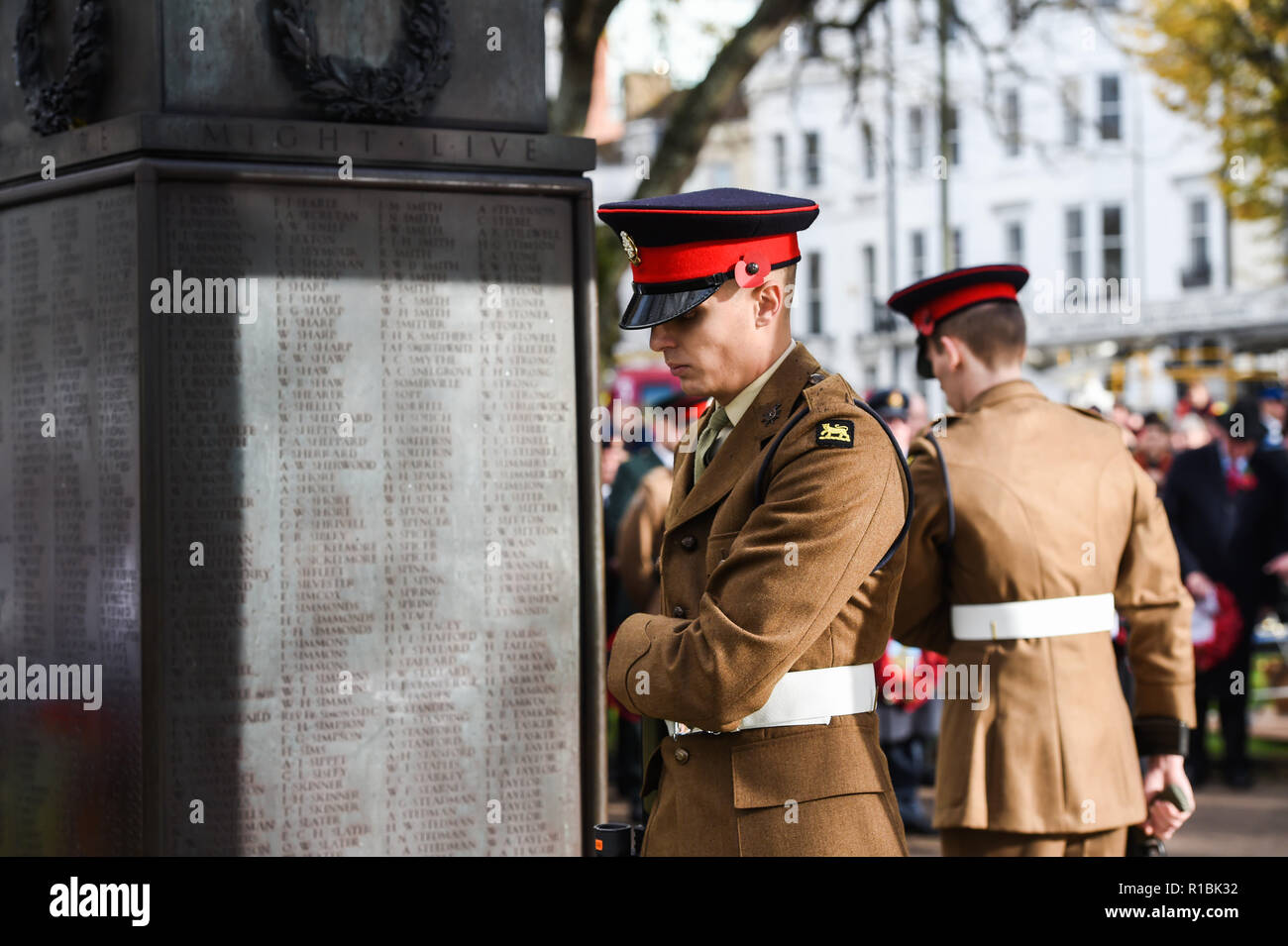 Brighton UK 11th November 2018 - The Act of Remembrance Service held at Brighton war memorial . It is the 100 year anniversary today of the ending of World War One on the 11th November 1918 . Photograph taken by Simon Dack Credit: Simon Dack/Alamy Live News - Stock Image