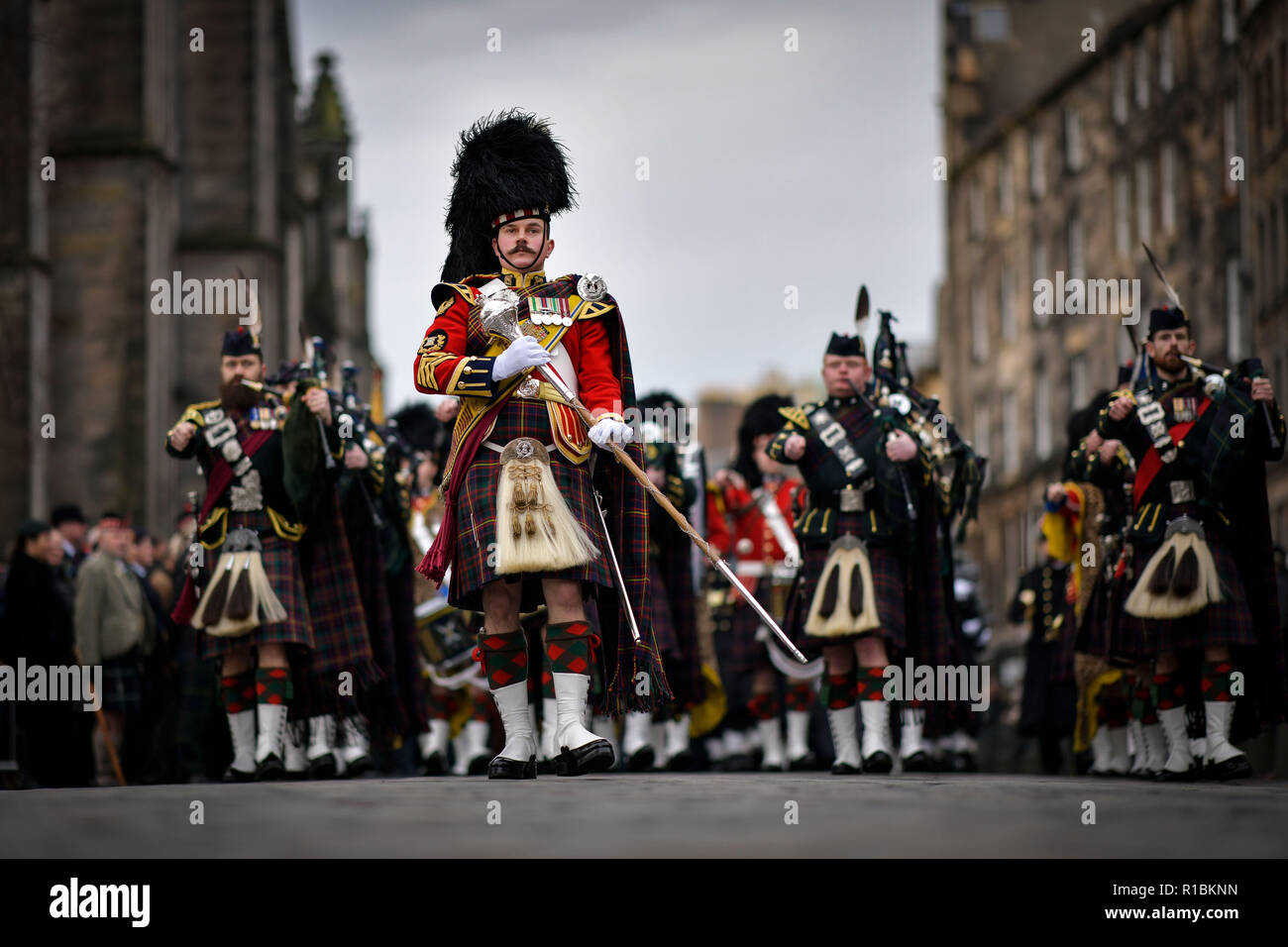 Edinburgh November 11 2018; Centenary Armistice Day commemorations takes place on the Royal Mile with First Minister of Scotland Nicola Sturgeon in attendance. Credit: Steven Scott Taylor/Alamy Live News - Stock Image
