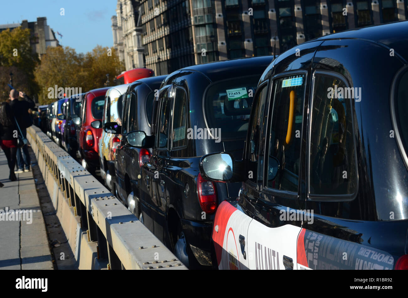 Shuttle Cabs Stock Photos & Shuttle Cabs Stock Images - Alamy