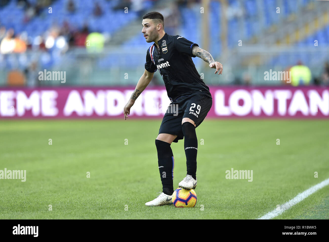 Rome, Italy. 11th Nov 2018. Nicola Murru of Sampdoria during the Serie A match between Roma and Sampdoria at Stadio Olimpico, Rome, Italy on 11 November 2018. Credit: Giuseppe Maffia/Alamy Live News Stock Photo