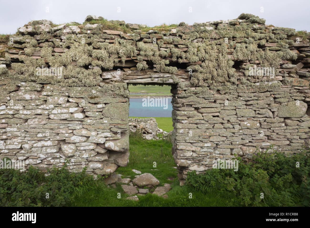 Ruined farmhouse on Bressay, Shetland Isles, UK - Stock Image