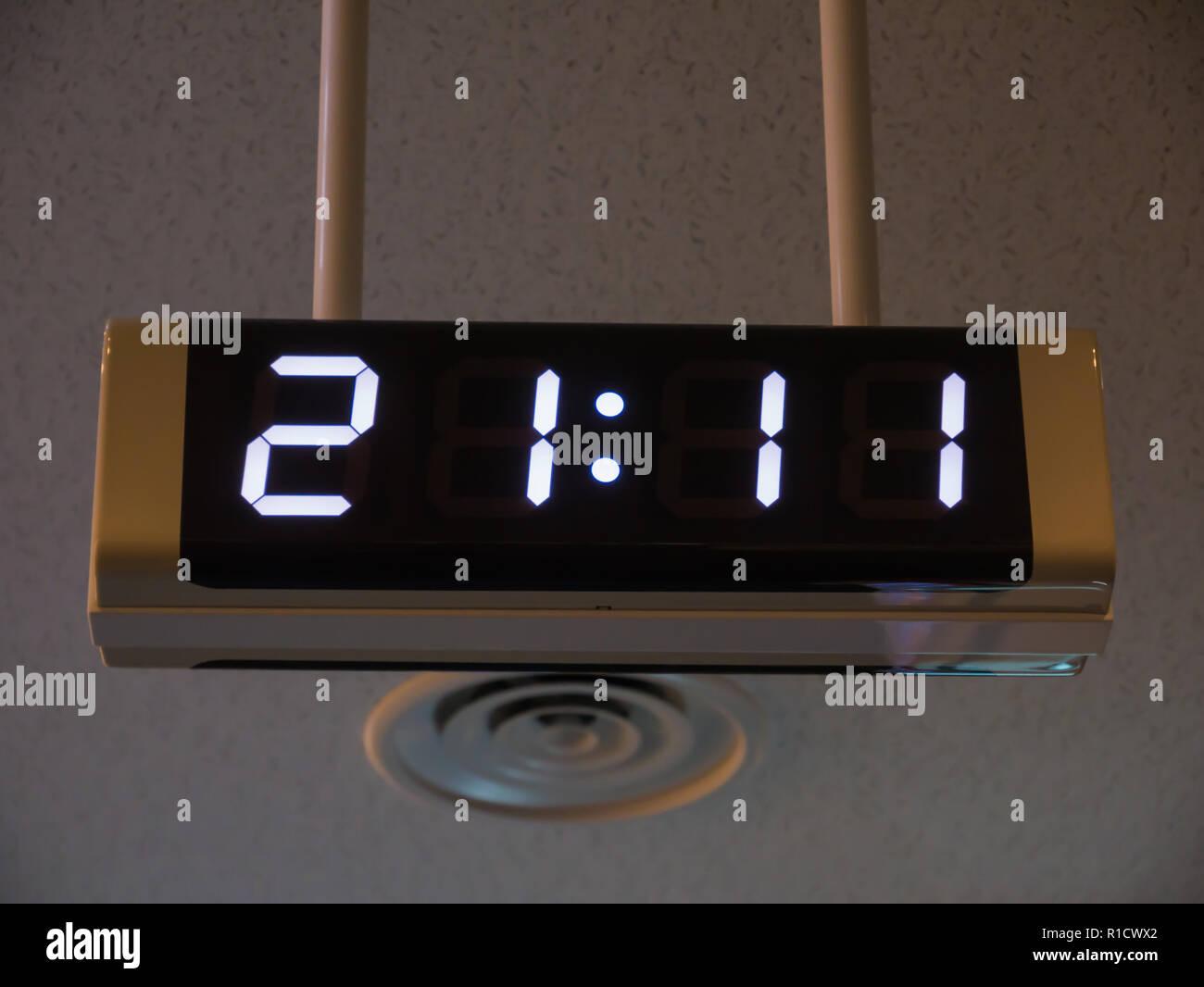 Digital Clock Stock Photos & Digital Clock Stock Images - Alamy