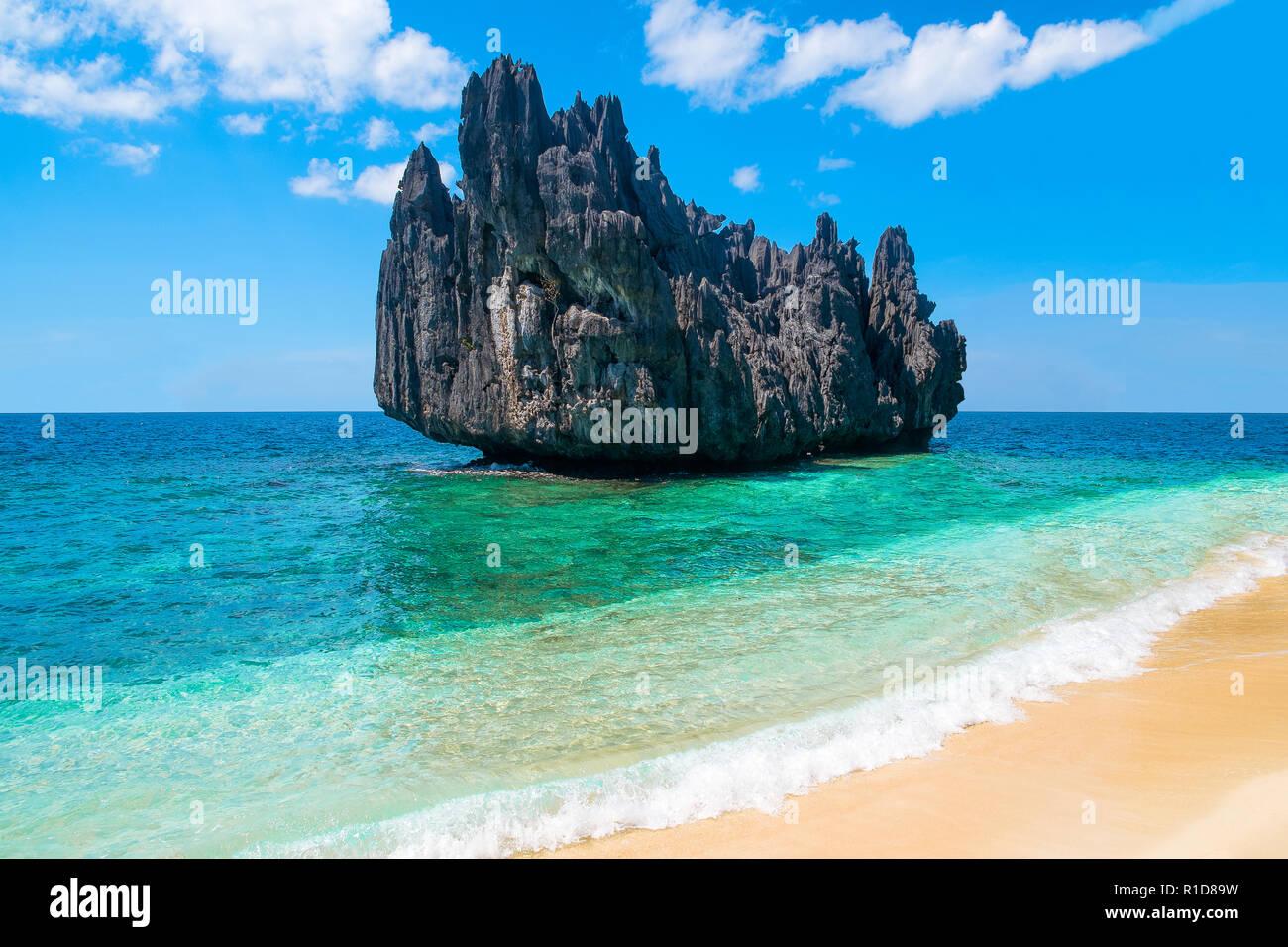 Tropical paradise island beach exotic landscape Blue ocean ...