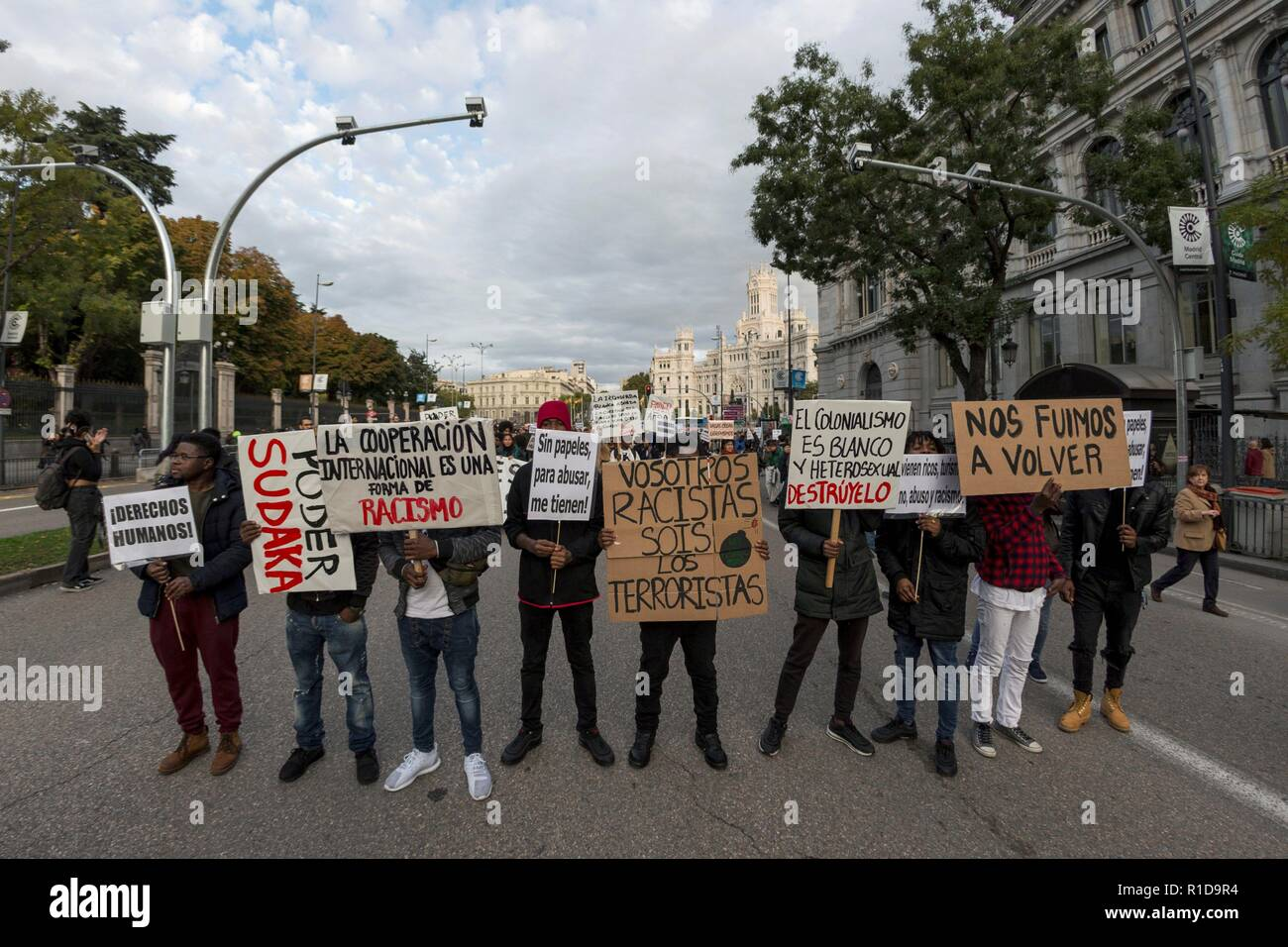 People take part in a demonstration called by SOS Racismo organization with the slogan 'Against institutional racism' in Madrid, Spain, 11 November 2018. EFE/Rodrigo Jimenez - Stock Image