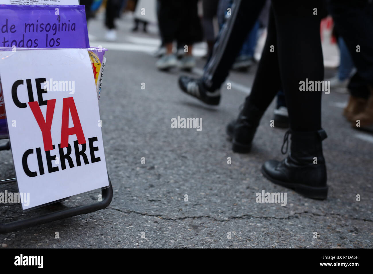 Madrid, Spain. 11th Nov 2018. Several organisations have called a demonstration under the slogan 'Against institutional racism' that roamed the streets of Madrid to demand the elimination of immigration centers (CIE) and denounce the Law of Foreigners and the persecution of the manteros, among other demands on Nov 11, 2018 in Madrid, Spain Credit: Jesús Hellin/Alamy Live News - Stock Image